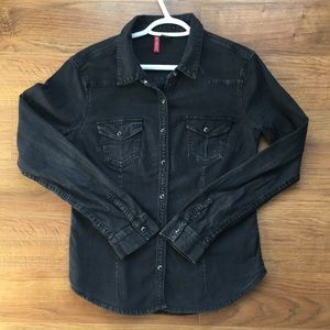 H&M Size 10 black button down shirt - Divided